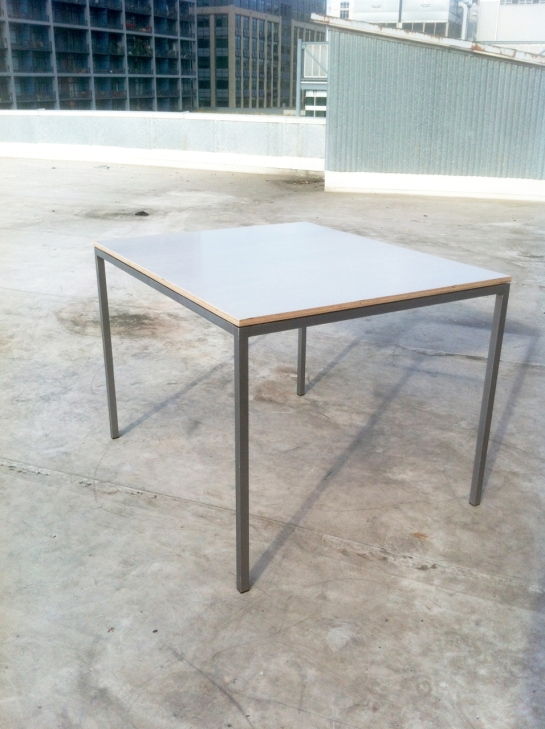 Cristiano Table